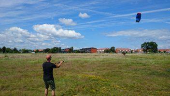 Try kitesurfing - 649 DKK